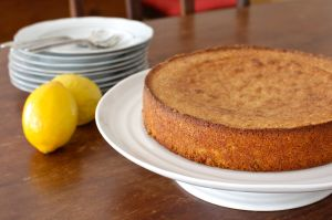 lemon-cake-whole